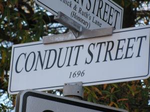 conduit-street-sign